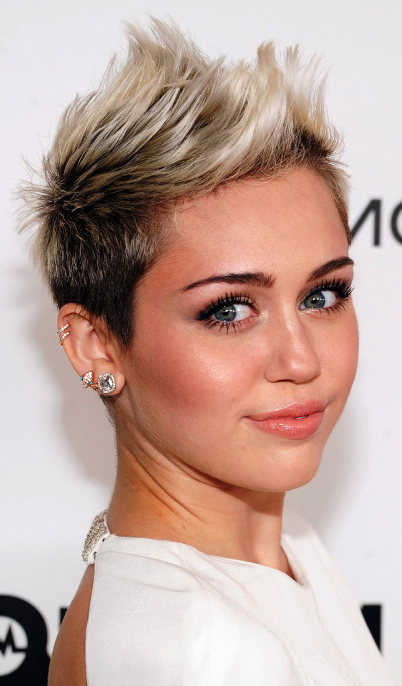 7. Funky-Short-Hairstyles-for-Women-with-Round-Faces - Blogrope