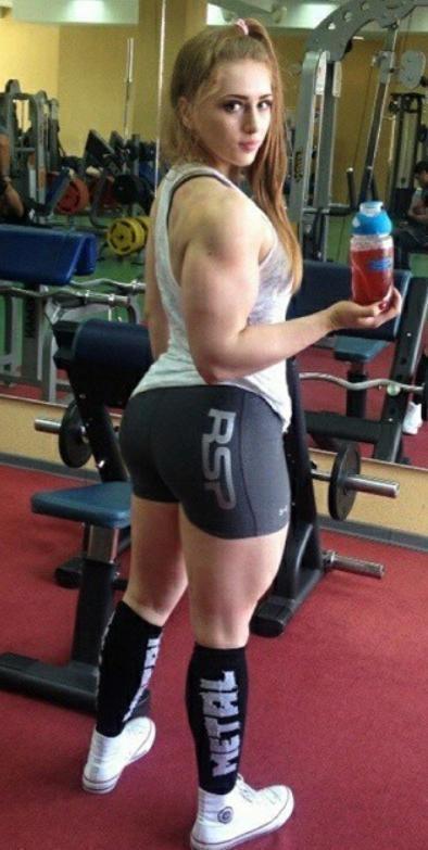 Body Julia BiaŁe: 20 Unbelievable Pictures Of The Muscle Barbie Julia Vins