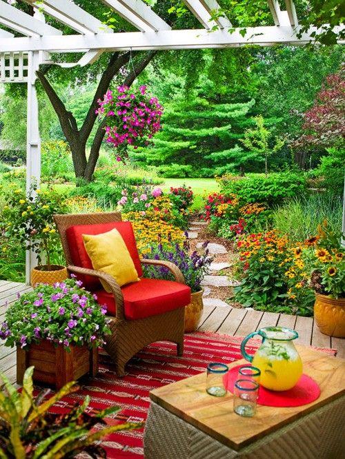 25 Super Cute Small Garden Ideas For Gardening Lovers ... on Cute Small Backyard Ideas id=11863